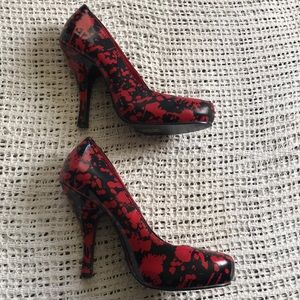 Funtasma Size 9 Black & Red Blood Splatter Heels